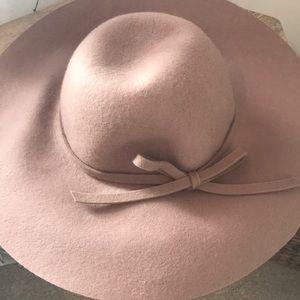 3/$40- D&Y Floppy Hat